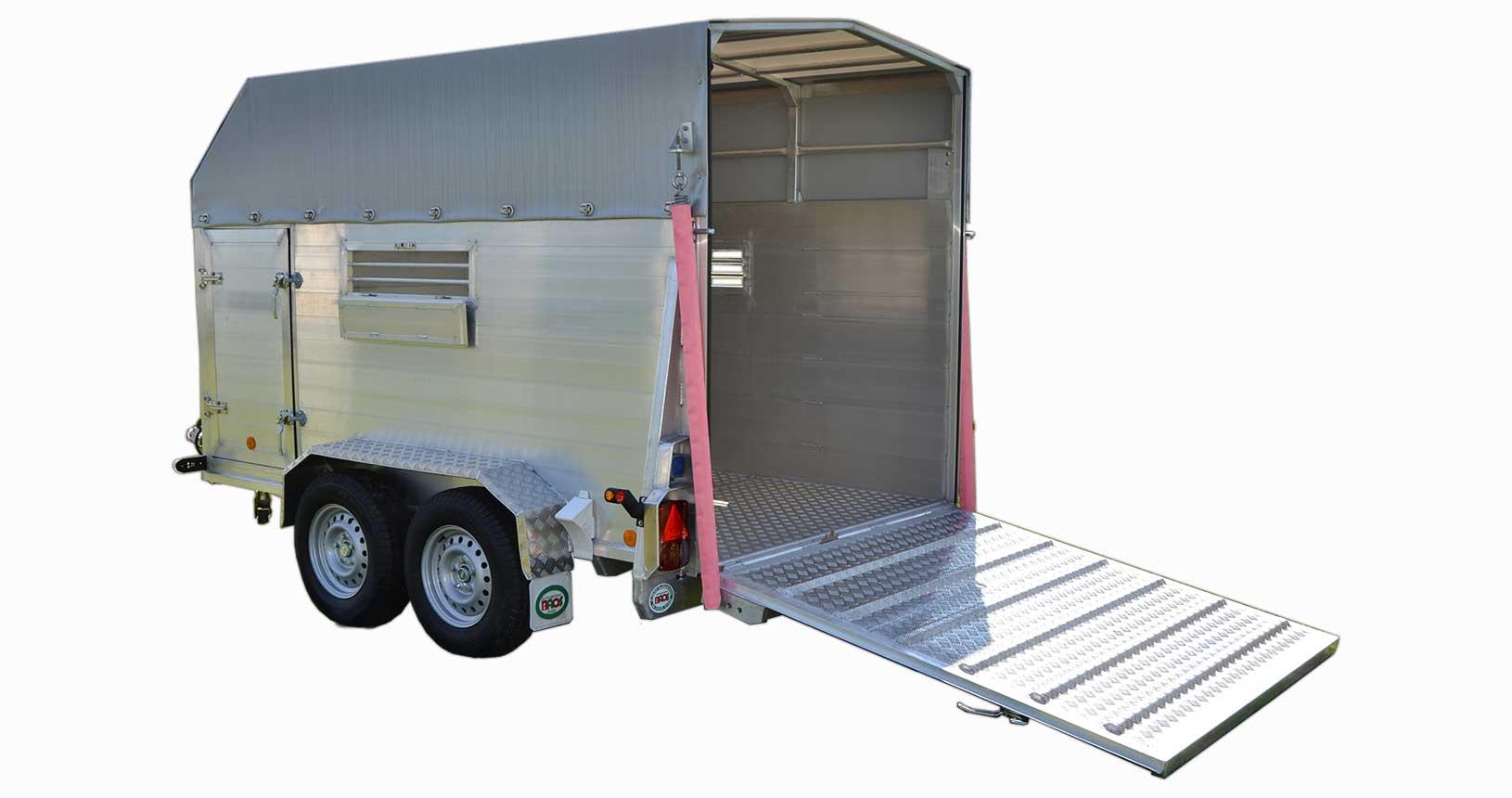 Rindertransporter kleine Ausführung für drei Tiere