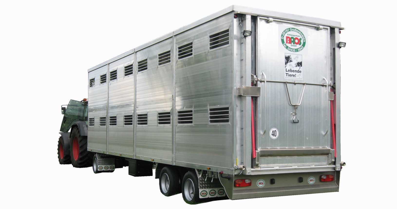 Schweinetransporter Zweistöckig für den Schlepperzug